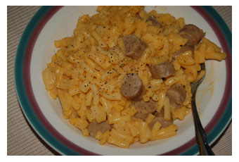 Kraft Macaroni and Cheese With Hot Dogs