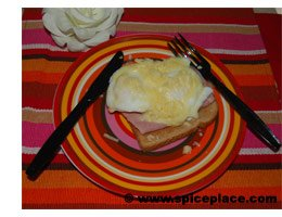 Poached Eggs with Ham Recipe